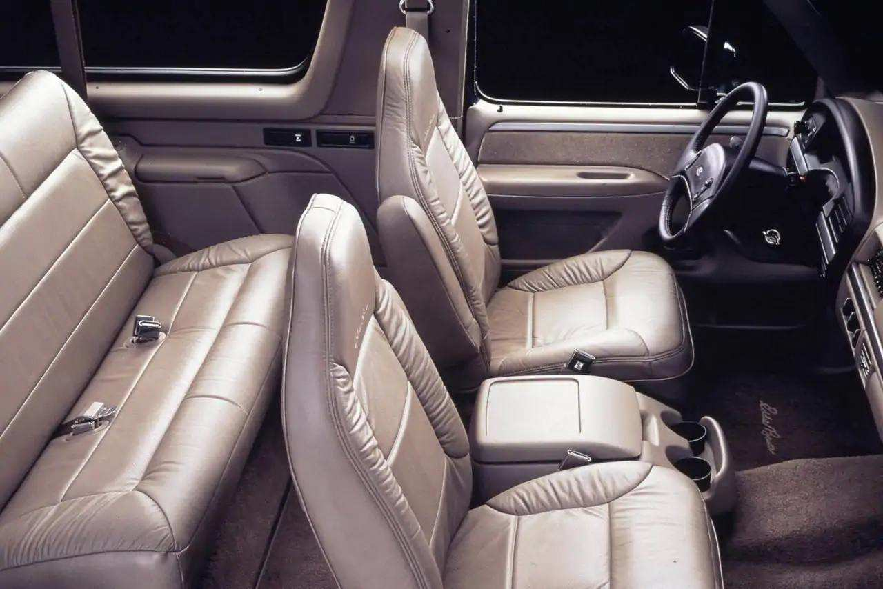 bronco-style-gen05-1993-interior